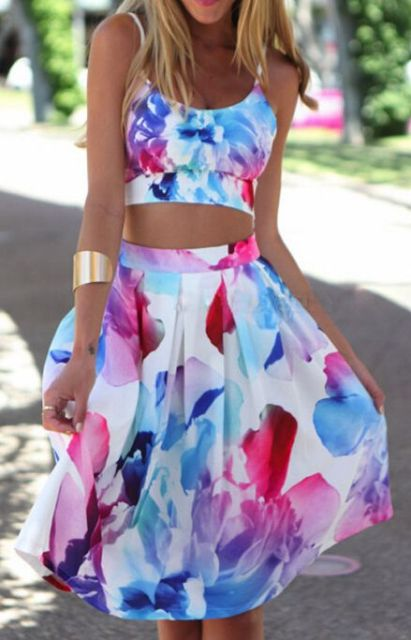 Summer look with watercolor skirt