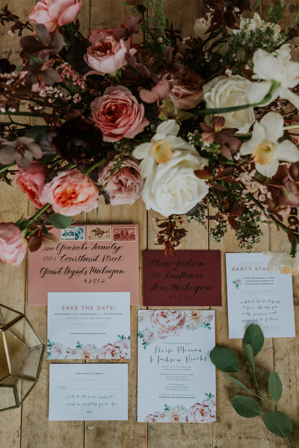 pink wedding invitations - photo by Kate Touzel Photography http://ruffledblog.com/modern-metallic-wedding-inspiration