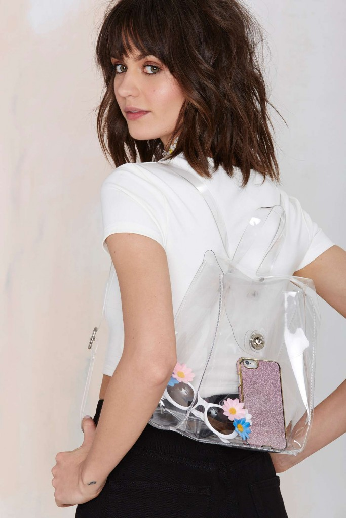 Clear Bags in Spring Fashion Trend (16)