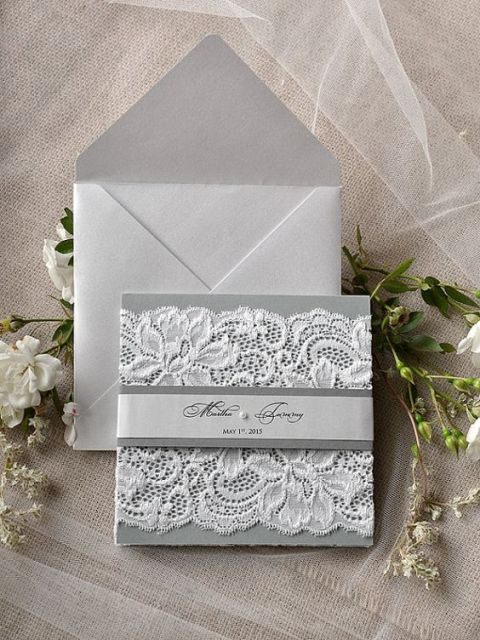 Classic invitation with lace