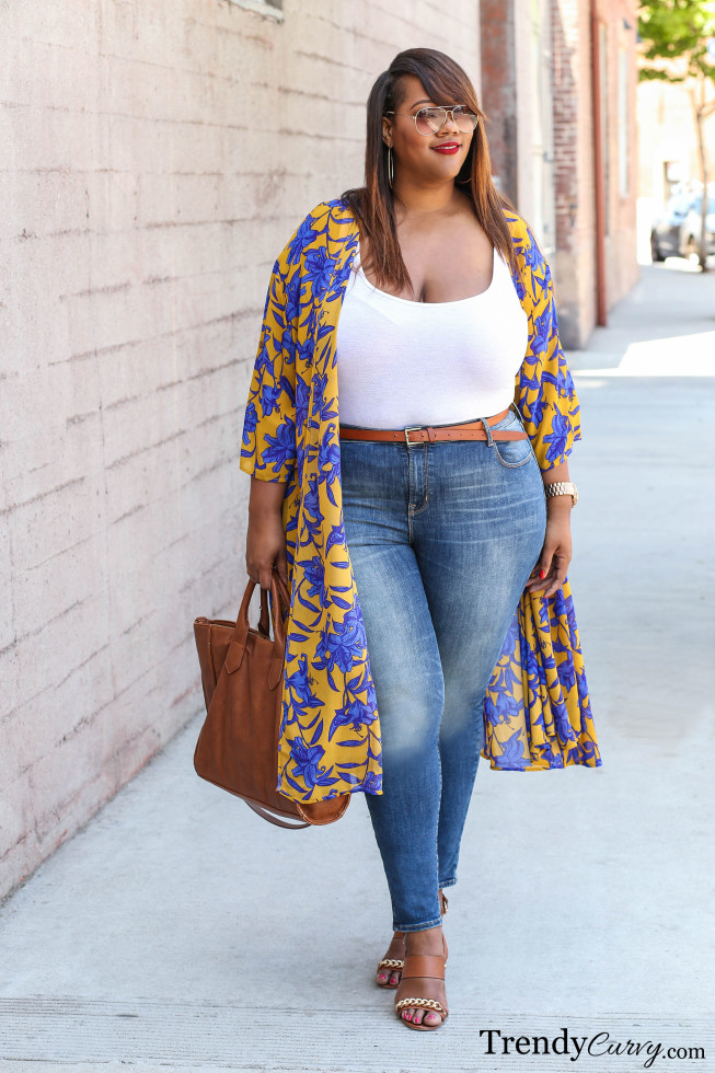 Stylish ways for curvy and plus size women to wear Blazer (10)