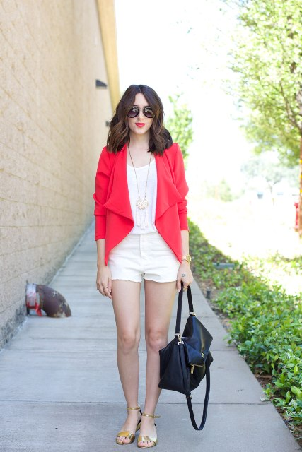 Outfit with white shorts and colored jacket