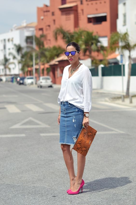 denim midi with a white shirt and fuchsia pumps