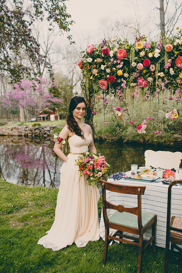 Summer Brunch Wedding Inspiration - photo by Tree of Life Films http://ruffledblog.com/summer-brunch-wedding-inspiration