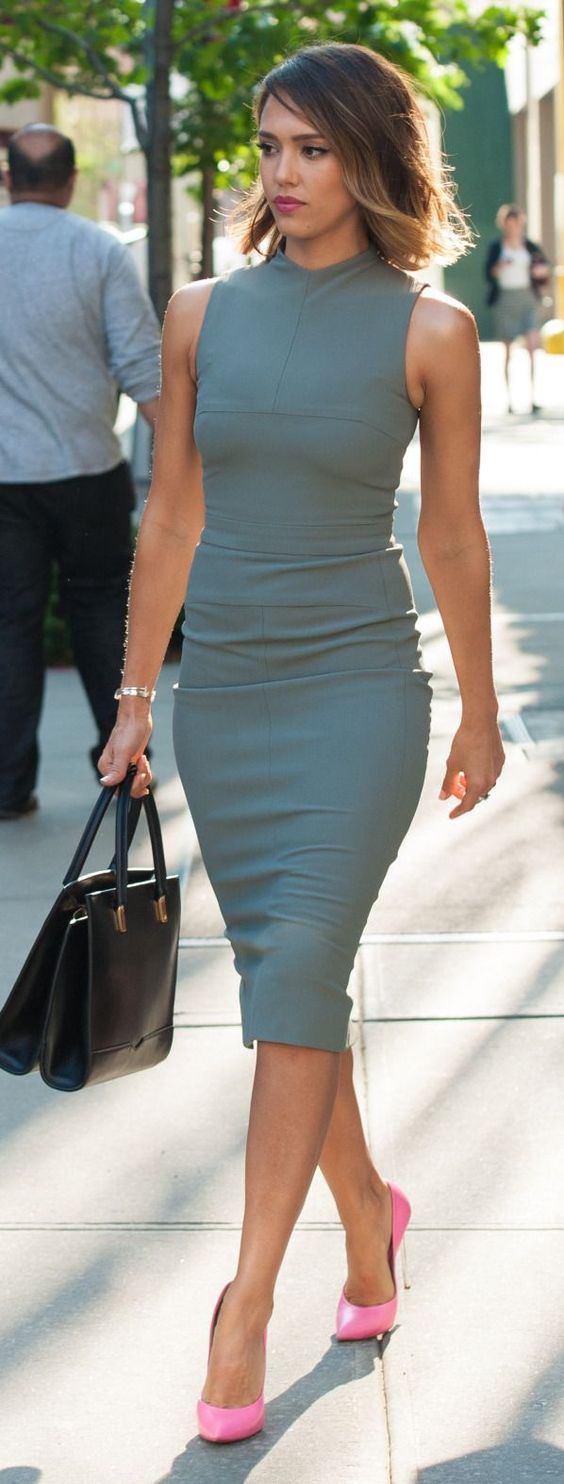 grey pencil dress with pink heels
