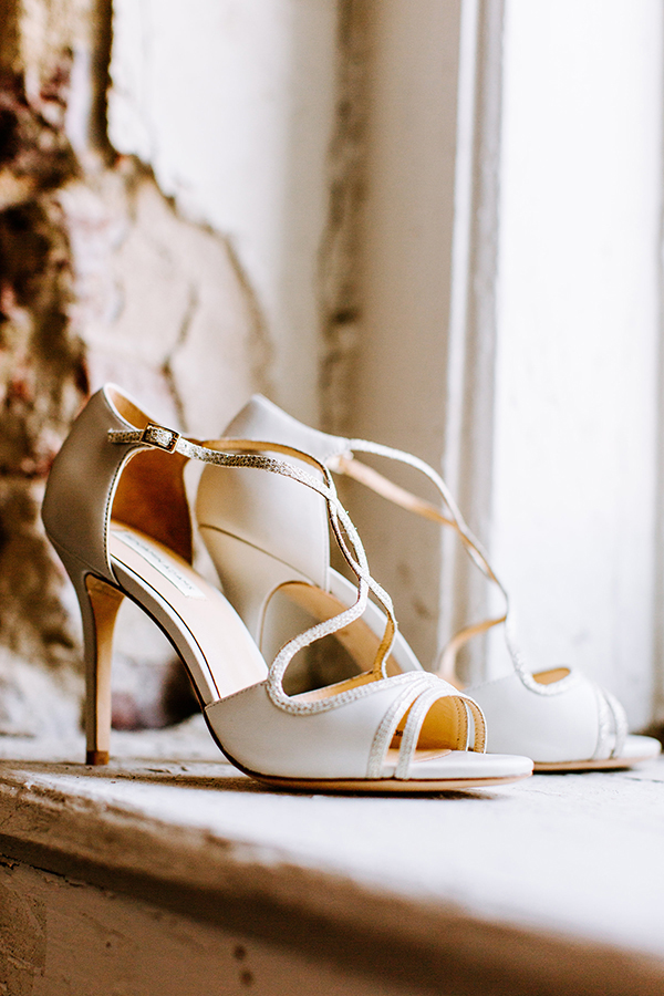 ivory wedding shoes - photo by Texture Photo http://ruffledblog.com/golden-sands-wedding-inspiration