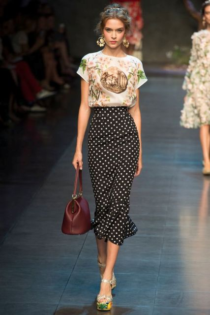 Midi polka dot trumpet skirt with floral top