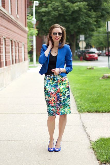 Eye catching skirt with jacket