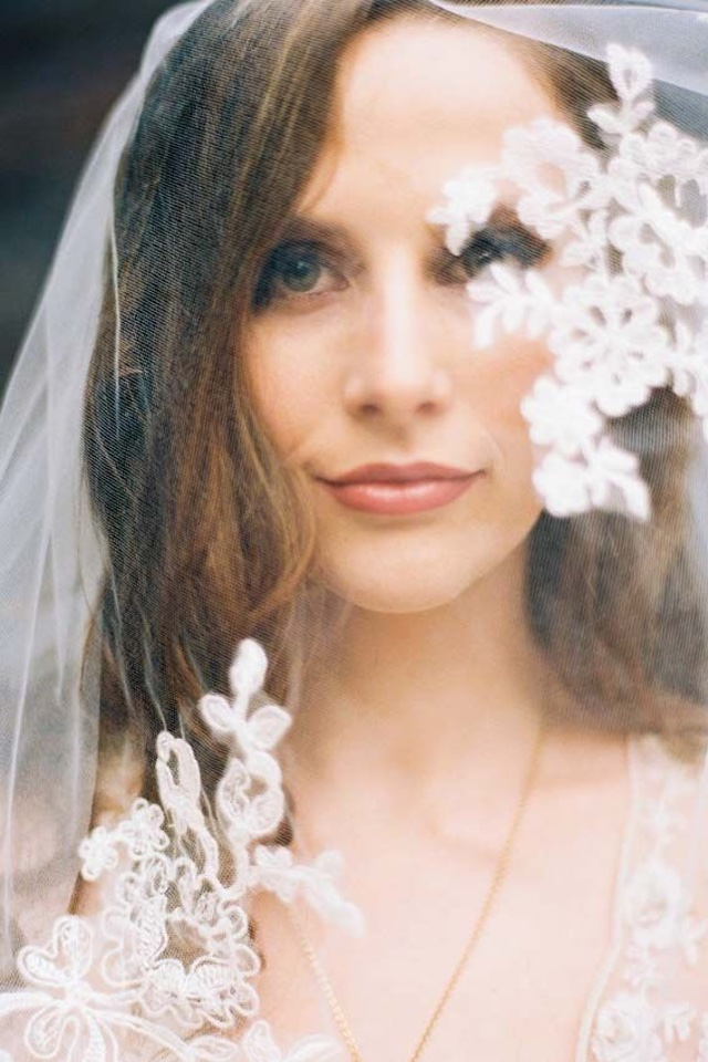 Vintage lace veil | Perry Vaile Photography