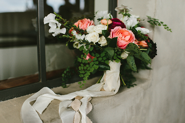 wedding bouquets with peach colors - photo by W&E Photographie http://ruffledblog.com/modern-industrial-atlanta-wedding
