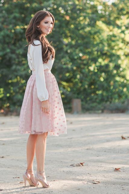 Look with tulle polka dot skirt