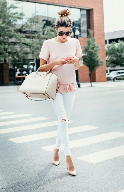 Feminine look with gentle pink ruffle shirt and white pants