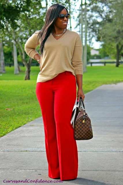 Stylish Outfits With Red Pants (5)