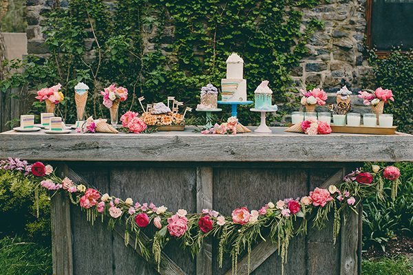wedding food ideas - photo by Tree of Life Films http://ruffledblog.com/summer-brunch-wedding-inspiration