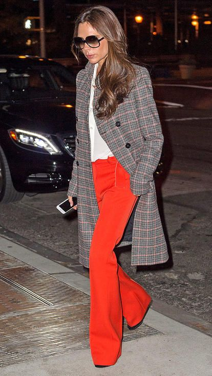 Stylish Outfits With Red Pants (14)