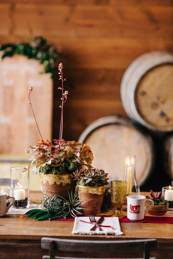 potted plant centerpieces - photo by Josselyn Peterson Photographer http://ruffledblog.com/pacific-northwest-sunset-wedding-ideas
