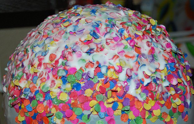 #17 - A Bowl Out of Balloon and Confetti
