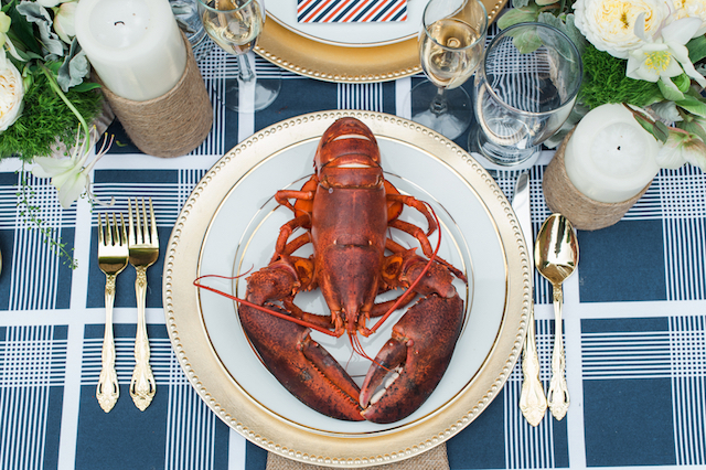 Lobster bake wedding | Eileen Meny Photography