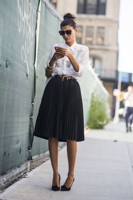 Pleated skirt with white shirt