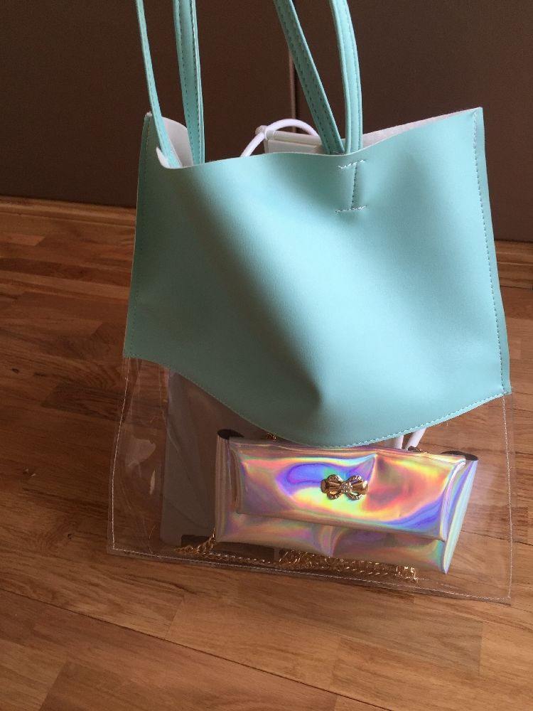 Style tips to carry clear and transparent handbags (9)