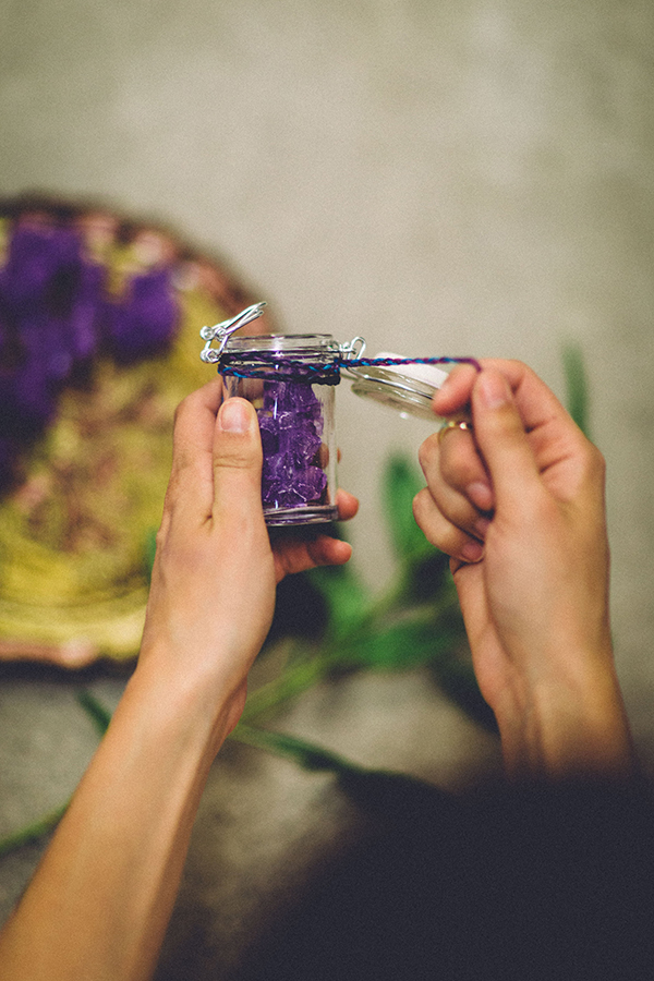 DIY wedding projects - photo by Jenn Byrne Creative http://ruffledblog.com/diy-purple-rock-candy-favors
