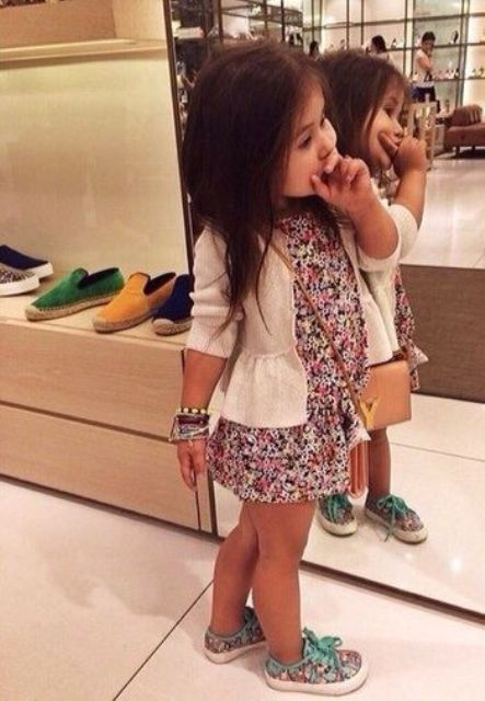 floral dress,a white jacket and floral sneakers