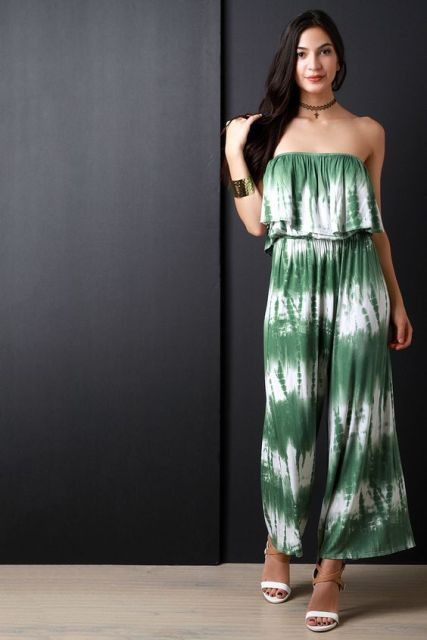 Original green and white jumpsuit with sandals and bracelet