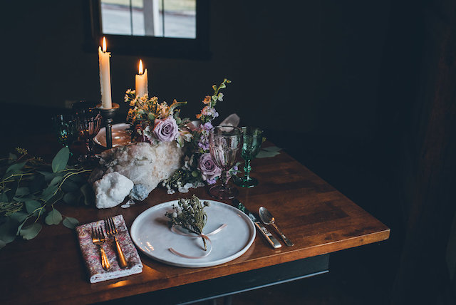 Rustic and mysterious geode wedding | Ed & Aileen Photography