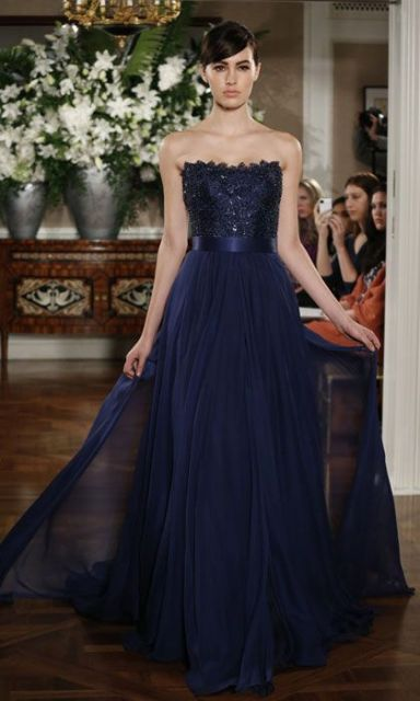 Strapless dress with glitter top