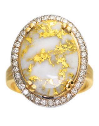 Gold in Quartz ring with diamonds | 2016 Wedding Trend | Marble Wedding Details