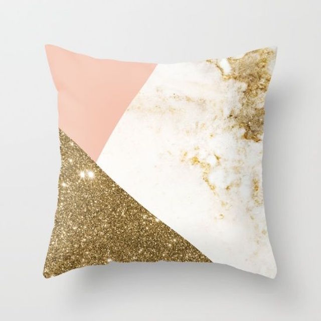 Pink and gold glitter pillow | 2016 Wedding Trend | Marble Wedding Details