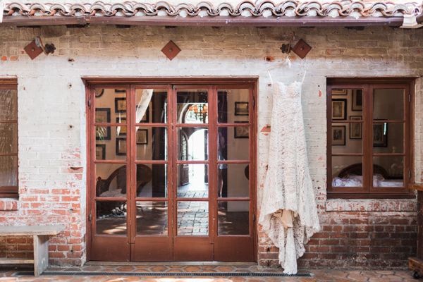wedding dress - photo by Valorie Darling Photography http://ruffledblog.com/floral-filled-carondelet-house-wedding
