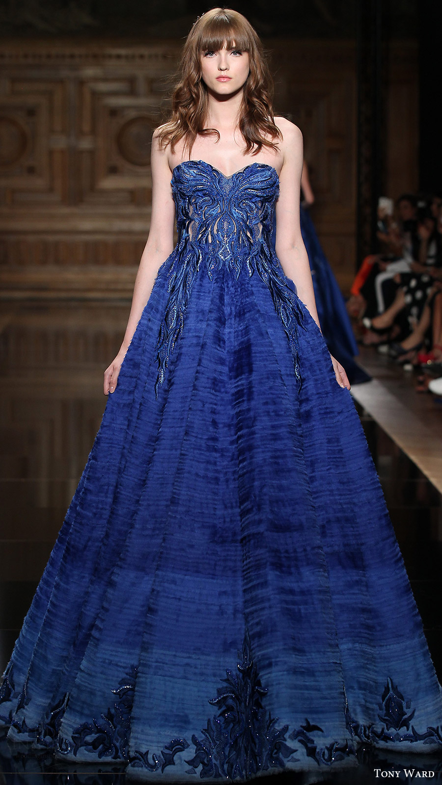 tony ward couture fall 2016 strapless sweetheart ball gown evening dress (04) mv