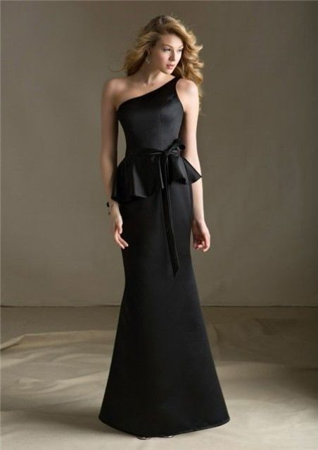 Gorgeous black one shoulder maxi dress