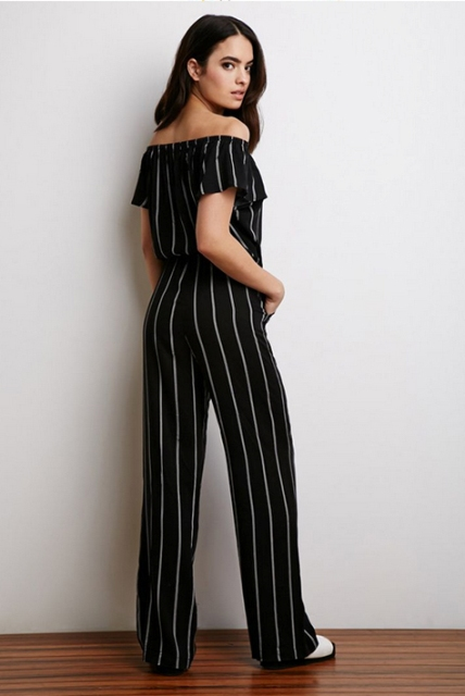 Excellent jumpsuit with vertical stripes