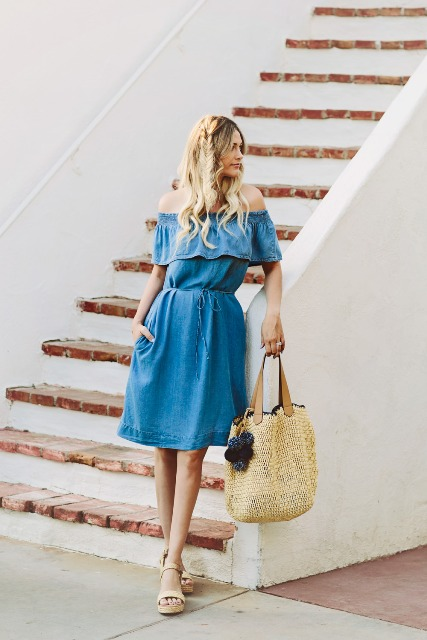 Casual look with dress and big bag