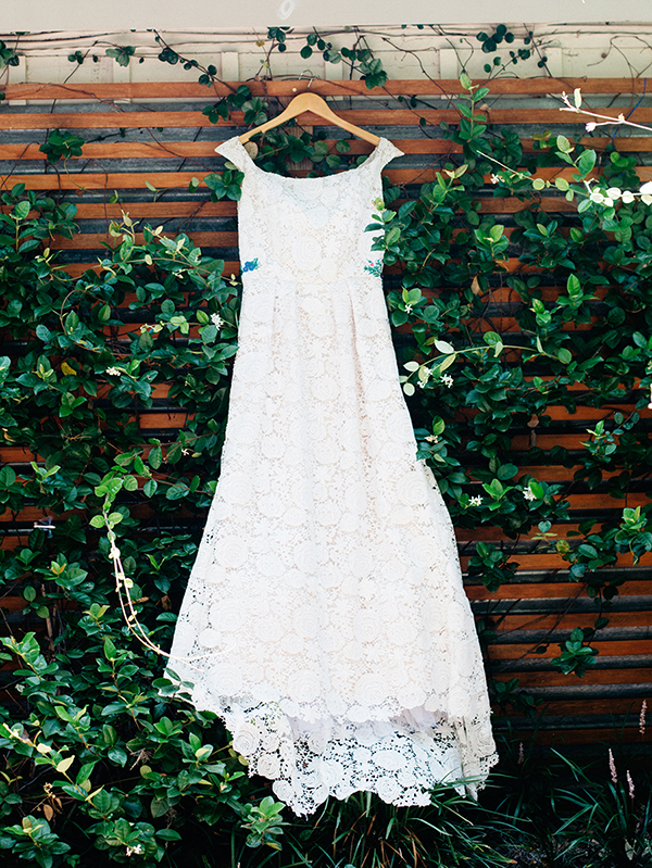 wedding dresses - photo by Veronica Ellerman Photography http://ruffledblog.com/vibrant-bohemian-wedding-inspiration