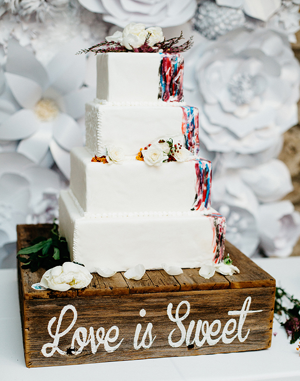 unique wedding cakes - photo by Veronica Ellerman Photography http://ruffledblog.com/vibrant-bohemian-wedding-inspiration