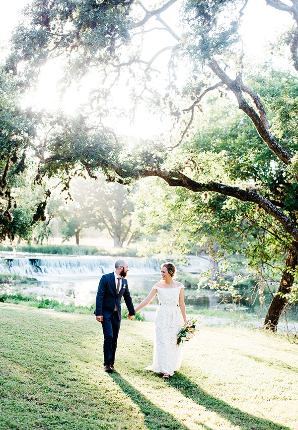 wedding portraits - photo by Veronica Ellerman Photography http://ruffledblog.com/vibrant-bohemian-wedding-inspiration