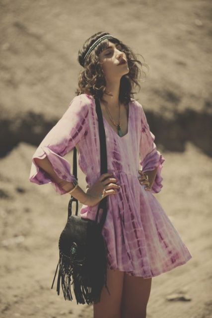 Boho look with tie dye dress and fringe bag