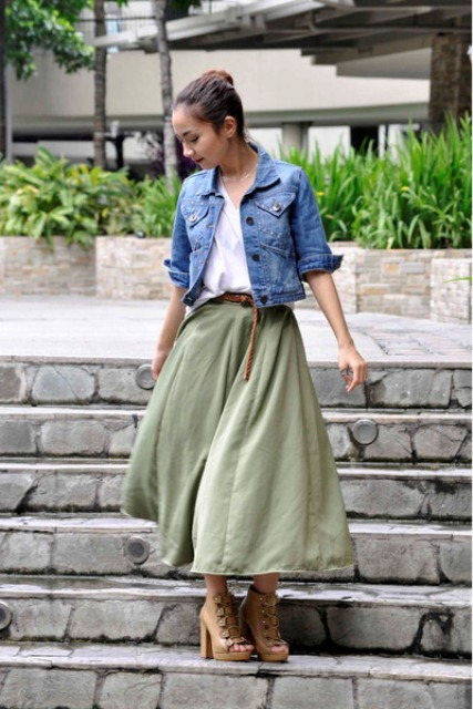 Lovely look with midi skirt and denim jacket