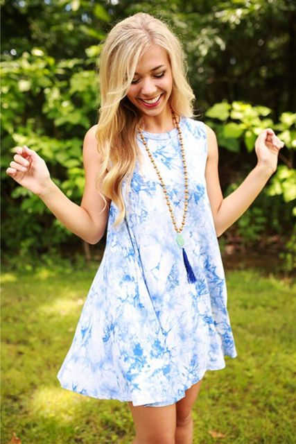 Girlish and airy tie dye dress