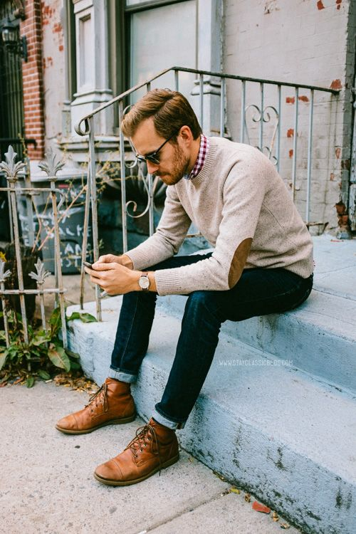 jeans, a beige sweater, a checked shirt, amber shoes