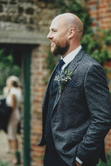 With monophonic waistcoat and classic tie