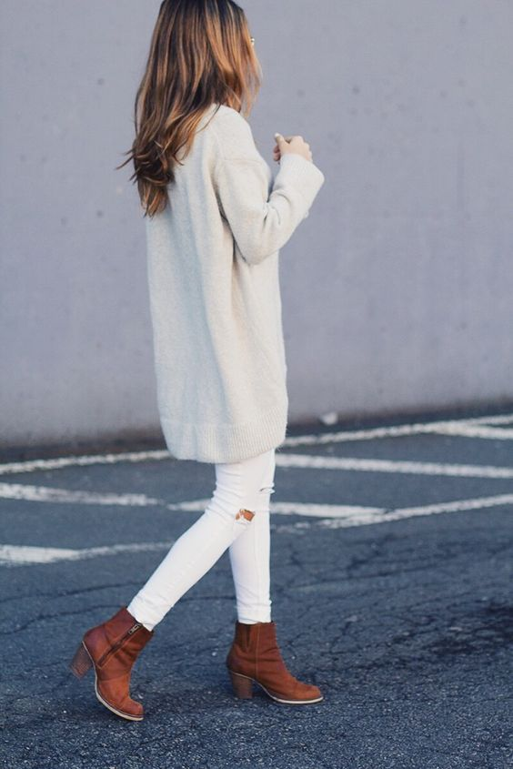 best outfits for girls with boots (51)