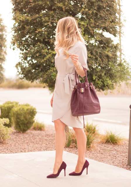 With marsala bag and pumps
