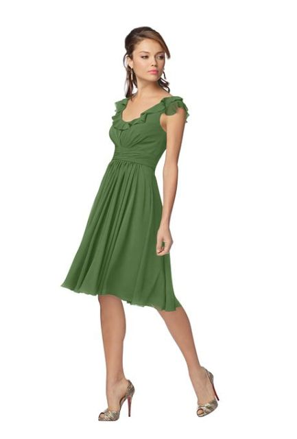 Flirty green knee-length dress with heels