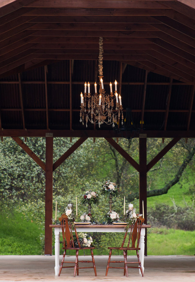Rustic outdoor chandelier | Lumiére Visual Arts