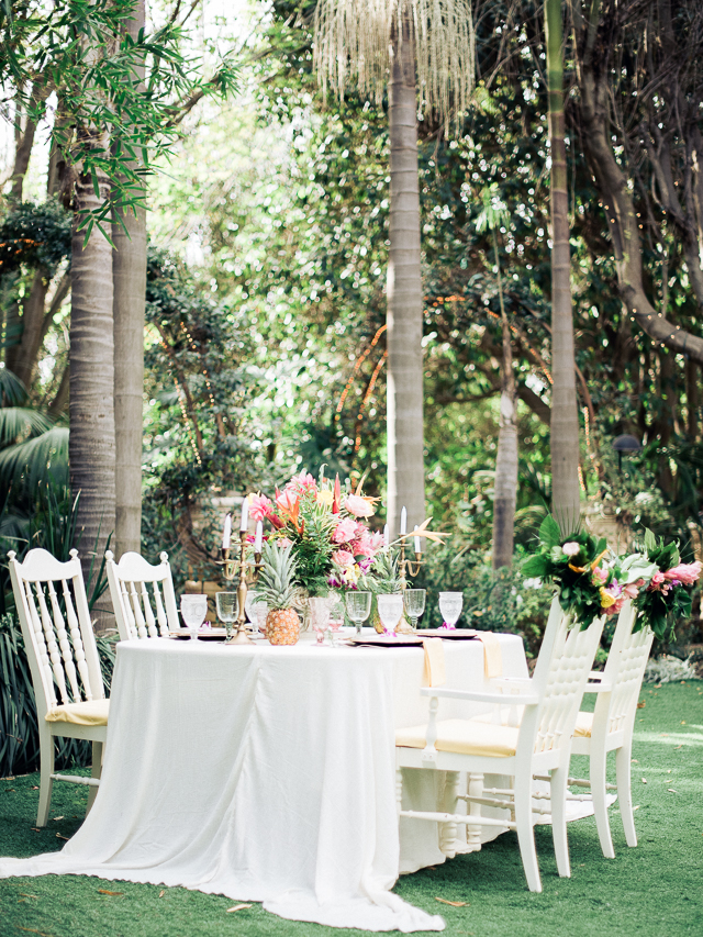 Tropical botanical garden wedding reception | Angelica Chang Photography