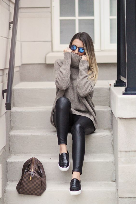 Cute Outfit Ideas To Wear With Slip-On Sneakers (15)